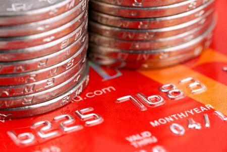 A hitelkártya előnyei és hátrányai