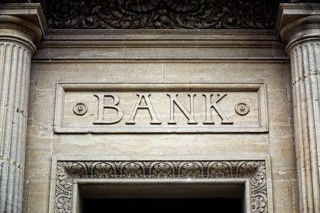 Nahát, még egy egyszerű bankszámla is tud meglepetéseket okozni