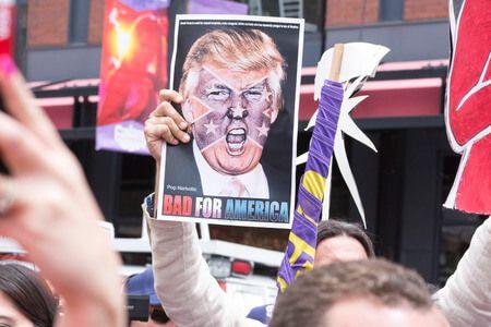 Zavaros idők következnek – A legnépszerűtlenebb amerikai elnök borzolja a kedélyeket