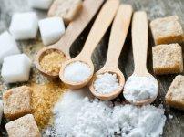 Feleződött a kamat és csodálkozunk, hogy veszik, mint a cukrot?