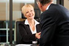 Egy valós történet: így lehet hitelfelvétellel megelőzni a készpénzes vevőt