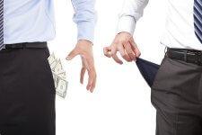 Mit ér a magas hozam, ha inged-gatyád rámegy a befektetésre?