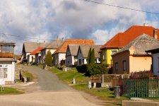 Megjött a hivatalos lista: települések, ahol érhető a falusi CSOK