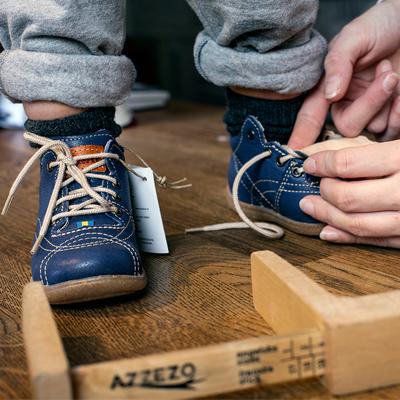 6219930a8a1 Köp aldrig en ny sko som är mindre än 1 cm längre än foten, bara för att  den skall passa bra på bredden.