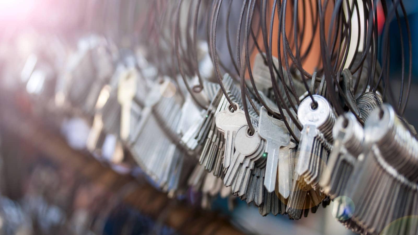 Dorabianie kluczy mieszkaniowych i samochodowych