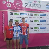 Inarrestabile Tania, con lei i colori del  Piacenza Triathlon in vetta al podio per due volte!