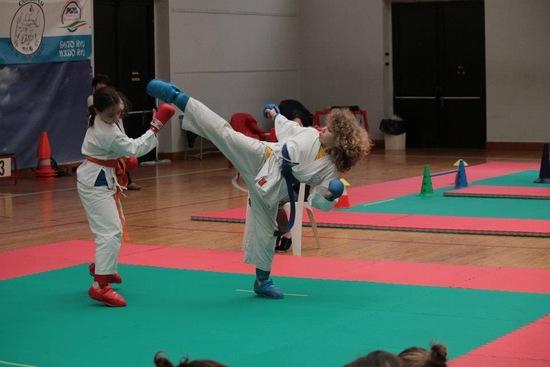 Allenamento Koryu Uchinadi fino a cintura Blu
