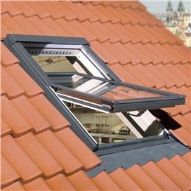 fakro-ftp-v-u3-centre-pivot-window-55x98cm