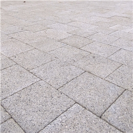 newgrange-silver-granite-paviors-50mm-3-size-project-pack-11-52m2