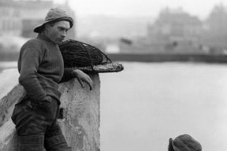 guernsey_woolen_fishermans_jumper_B&W_post.jpg