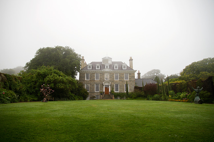 Bella_Luce_Sausmarez_Manor_Guernsey_post.jpg
