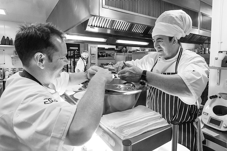 Chefs-Simon-Mckenzie-Craig-Jones---please-credit-Chris-George-Photography_post.jpg