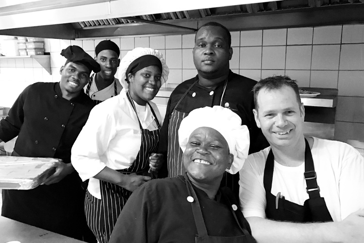 The-Cap-Maison-kitchen-crew-and-chef-Simon-Mckenzie_post.jpg