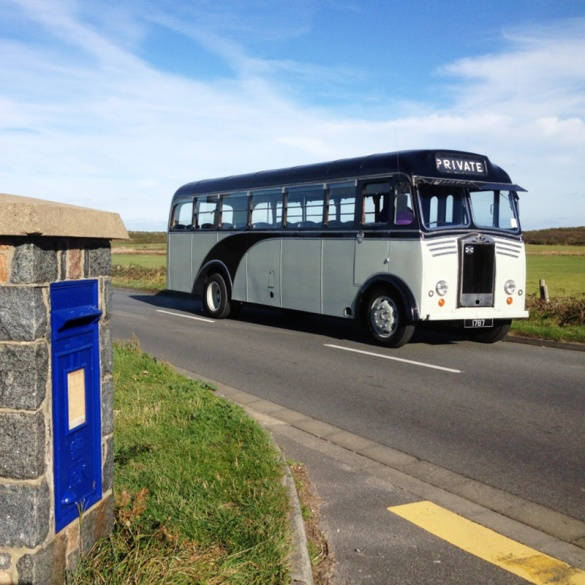 The Old Number 11 Bus - Vintage Tours