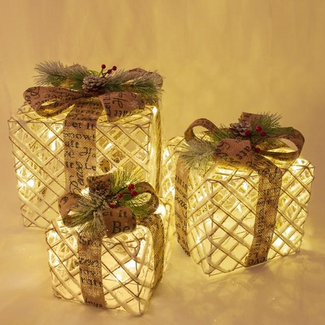 Set of 3 Rattan LED Christmas Gift Box