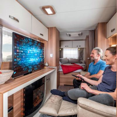 Interiör, bodel, tv, elektrisk öppen spis, sovrum