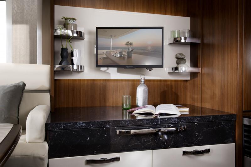 Interiör, bodel, tv