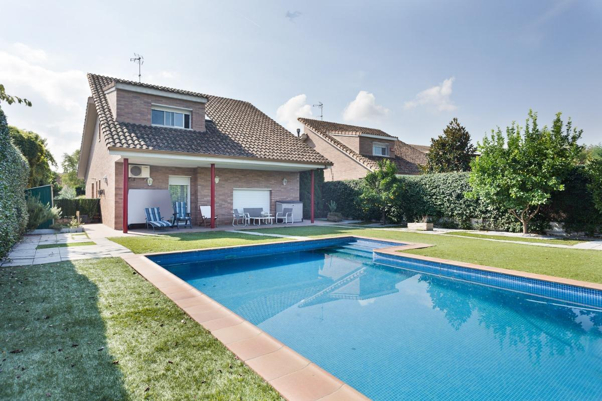 Detached chalet in Mirasol
