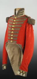 Photo 1 : UNIFORME DE GRANDE TENUE DES CHEVAU-LÉGERS DE LA MAISON MILITAIRE DU ROI, RESTAURATION, MODÈLE 1814.