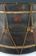 Photo 2 : TAMBOUR, CAISSE DE TAMBOUR D'INFANTERIE, OU DE LA GARDE NATIONALE (LIBERTÉ ÉGALITÉ), RÉVOLUTION (vers 1792-1798).