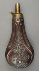 Photo 1 : Powder flask, 19th century.