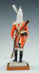 FIGURINE EN PORCELAINE PAR VAN GERDINGE, TROMPETTE 6E REGIMENT DE DRAGONS 1807 (4)