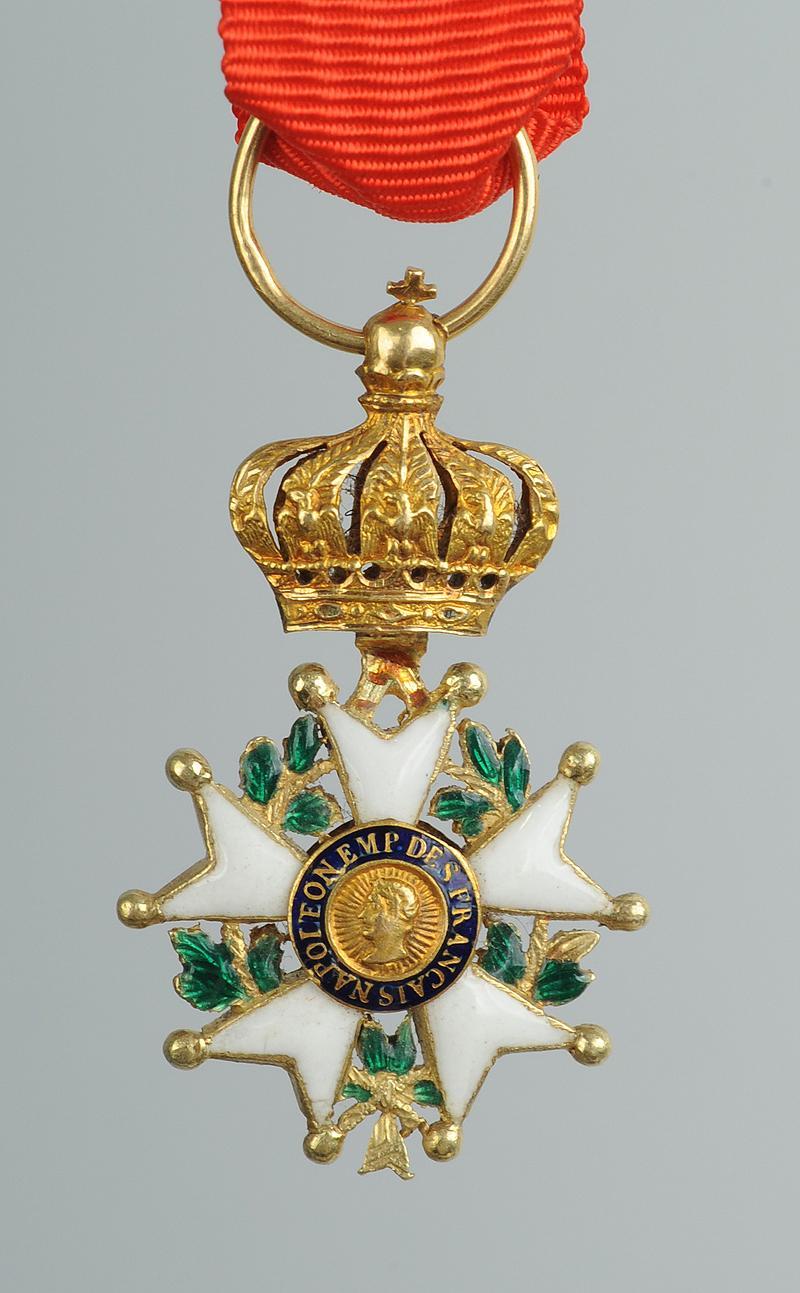croix de chevalier de la l gion d 39 honneur en r duction mod le or du second empire. Black Bedroom Furniture Sets. Home Design Ideas