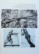 Photo 2 : HAROLD PETERSON et ROBERT HELMAN : LES ARMES CÉLÈBRES.