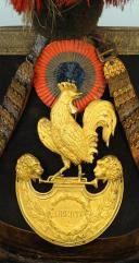 SHAKO DU SIEUR DERVIEU, SOUS-LIEUTENANT DE LA GARDE NATIONALE, TYPE 1830, MONARCHIE DE JUILLET. (1)
