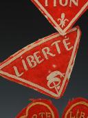 Photo 2 : LOT DE QUATRE ORNEMENTS DE RETROUSSIS D'UNIFORME D'INFANTERIE, Révolution.