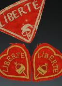 Photo 3 : LOT DE QUATRE ORNEMENTS DE RETROUSSIS D'UNIFORME D'INFANTERIE, Révolution.