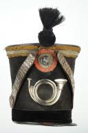 SHAKO D'OFFICIER SUBALTERNE DE CHASSEUR DE LA GARDE NATIONALE, TYPE 1830, MONARCHIE DE JUILLET. (4)
