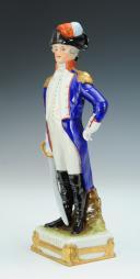 Photo 2 : LAFAYETTE GÉNÉRAL, RÉVOLUTION : figurine en porcelaine de Courille à Paris, XXème siècle.