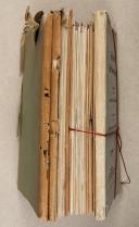 Photo 2 : LOT de catalogues et livres divers en allemand.