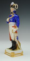Photo 2 : KELLERMANN GÉNÉRAL, RÉVOLUTION : figurine en porcelaine de Courille à Paris, XXème siècle.
