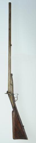 Photo 1 : FUSIL DE CHASSE À PERCUSSION, DOUBLE CANON SUPERPOSÉ, 2ème moitié du XIXème siècle.