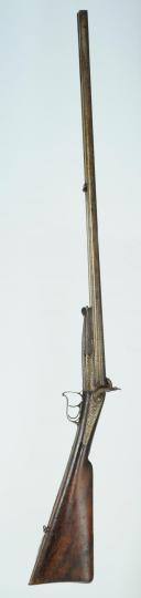 Photo 5 : FUSIL DE CHASSE À PERCUSSION, DOUBLE CANON SUPERPOSÉ, 2ème moitié du XIXème siècle.