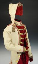UNIFORME ET BONNET DE POLICE DE CAPITAINE EN SECOND DE COLONEL GÉNÉRAL, RÈGLEMENT DE 1786, ANCIENNE MONARCHIE, RÈGNE DE LOUIS XVI, VERS 1786-1789. (6)