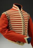 Photo 4 : DOLMAN DU 4ème RÉGIMENT DE HUSSARDS, modèle 1845, Second Empire (1845-1860).