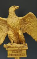 AIGLE DE DRAPEAU, MODÈLE 1854, DU RÉGIMENT DES GUIDES DE LA GARDE IMPÉRIALE, FABRICATION FIN 19° DÉBUT 20° SIÈCLE POUR UNE SALLE D'HONNEUR, SECOND EMPIRE. (2)