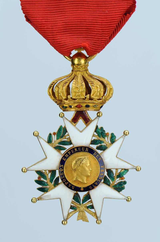 croix d 39 officier de la l gion d 39 honneur mod le 1854 second empire. Black Bedroom Furniture Sets. Home Design Ideas
