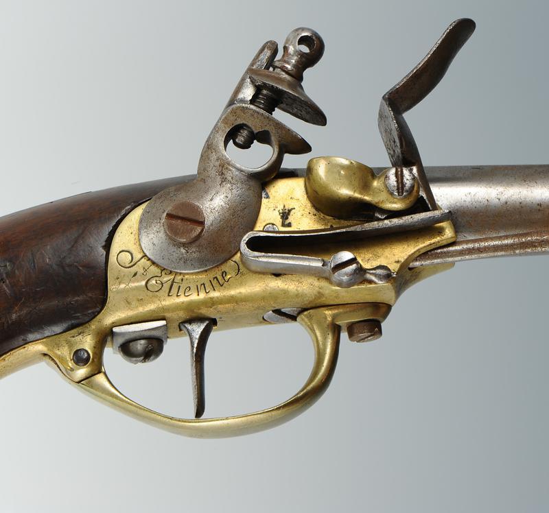 Pistolet de cavalerie mod le 1777 dit coffre ancien r gime - Pistolet a clou ...