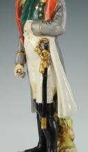 NAPOLÉON EMPEREUR, FIGURINE EN PORCELAINE DE COURILLE À PARIS, 20ème SIÈCLE. (2)
