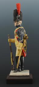 Photo 3 : FIGURINE EN FAÏENCE PAR BERNARD BELLUC : GENDARME D'ÉLITE BRIGADIER 1806.