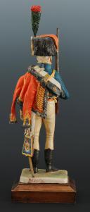 Photo 5 : FIGURINE EN FAÏENCE PAR BERNARD BELLUC : CHASSEUR À CHEVAL DE LA GARDE 1810.