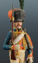 Photo 7 : FIGURINE EN FAÏENCE PAR BERNARD BELLUC : CHASSEUR À CHEVAL DE LA GARDE 1810.