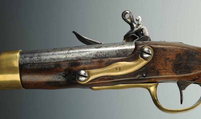 Pistolet de cavalerie et de dragons r volution mod le 1763 - Pistolet a clou ...