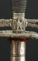 Photo 4 : ÉPÉE DE RÉCOMPENSE DONNÉE PAR L'EMPEREUR NAPOLÉON III À UN OFFICIER DE LA MAISON MILITAIRE, SECOND EMPIRE.