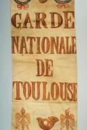 Photo 2 : FRAGMENT DE DRAPEAU DE LA GARDE NATIONALE DE TOULOUSE, PREMIER EMPIRE.