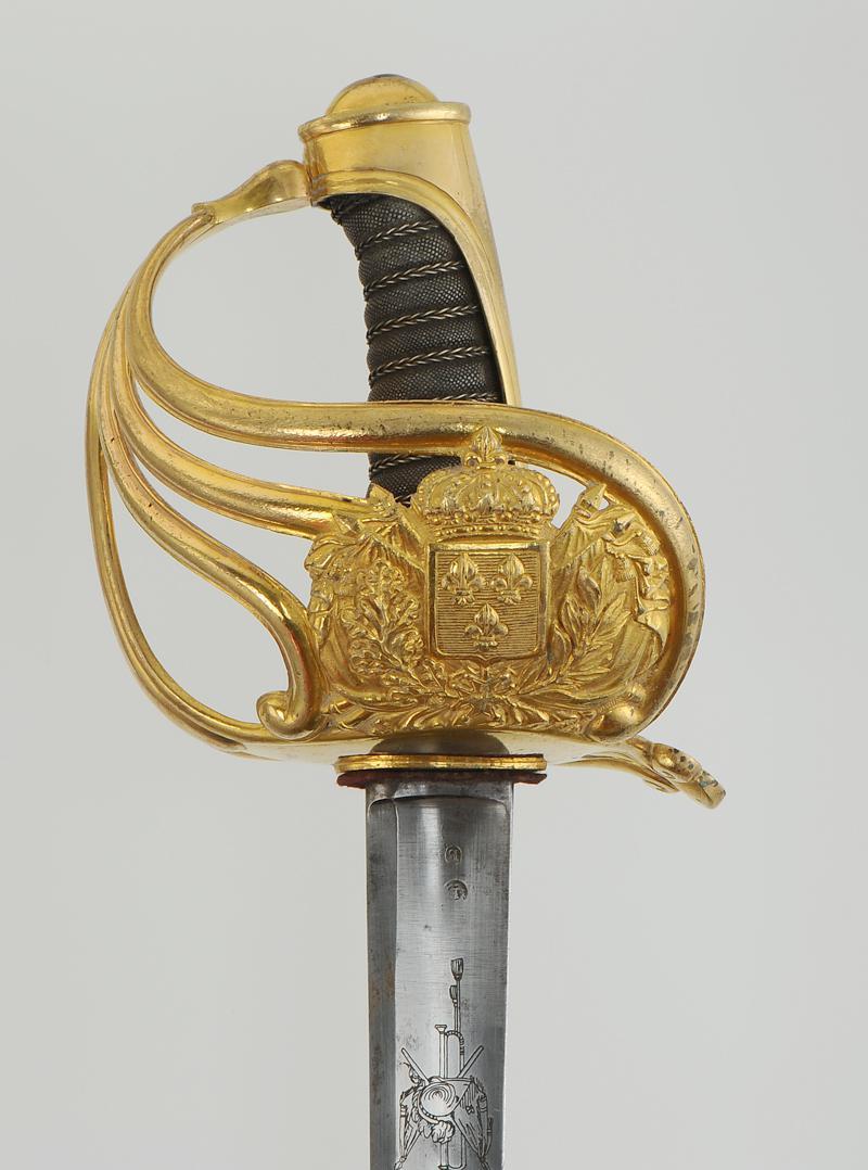 sabre des gardes du corps du roi  mod u00c8le 1814  restauration